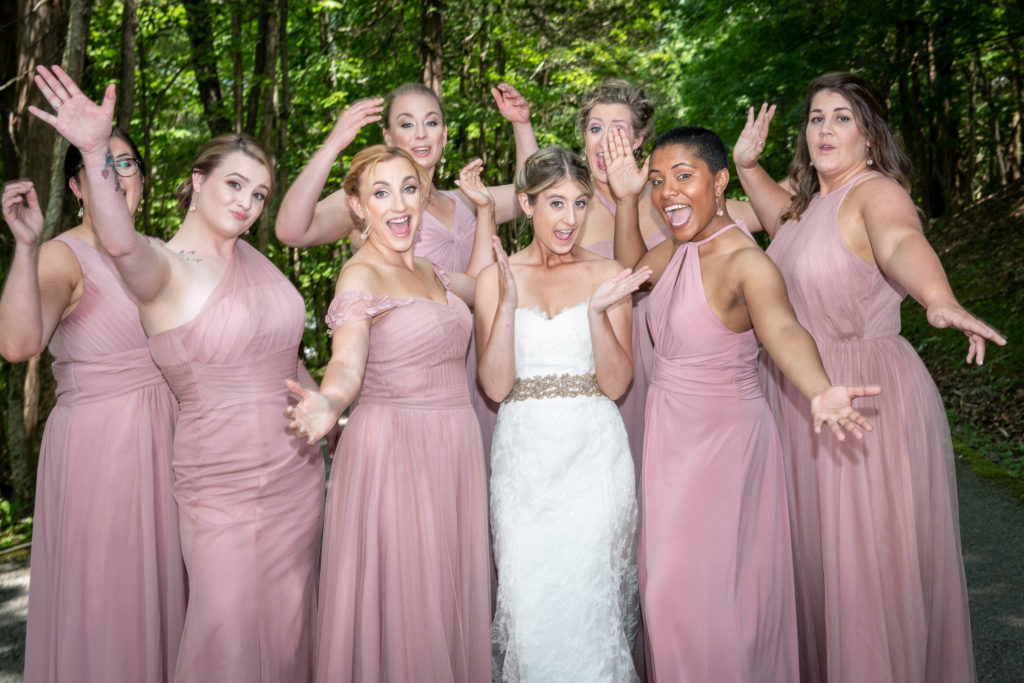 bride and her bridesmaids at Edgar Evans State Park