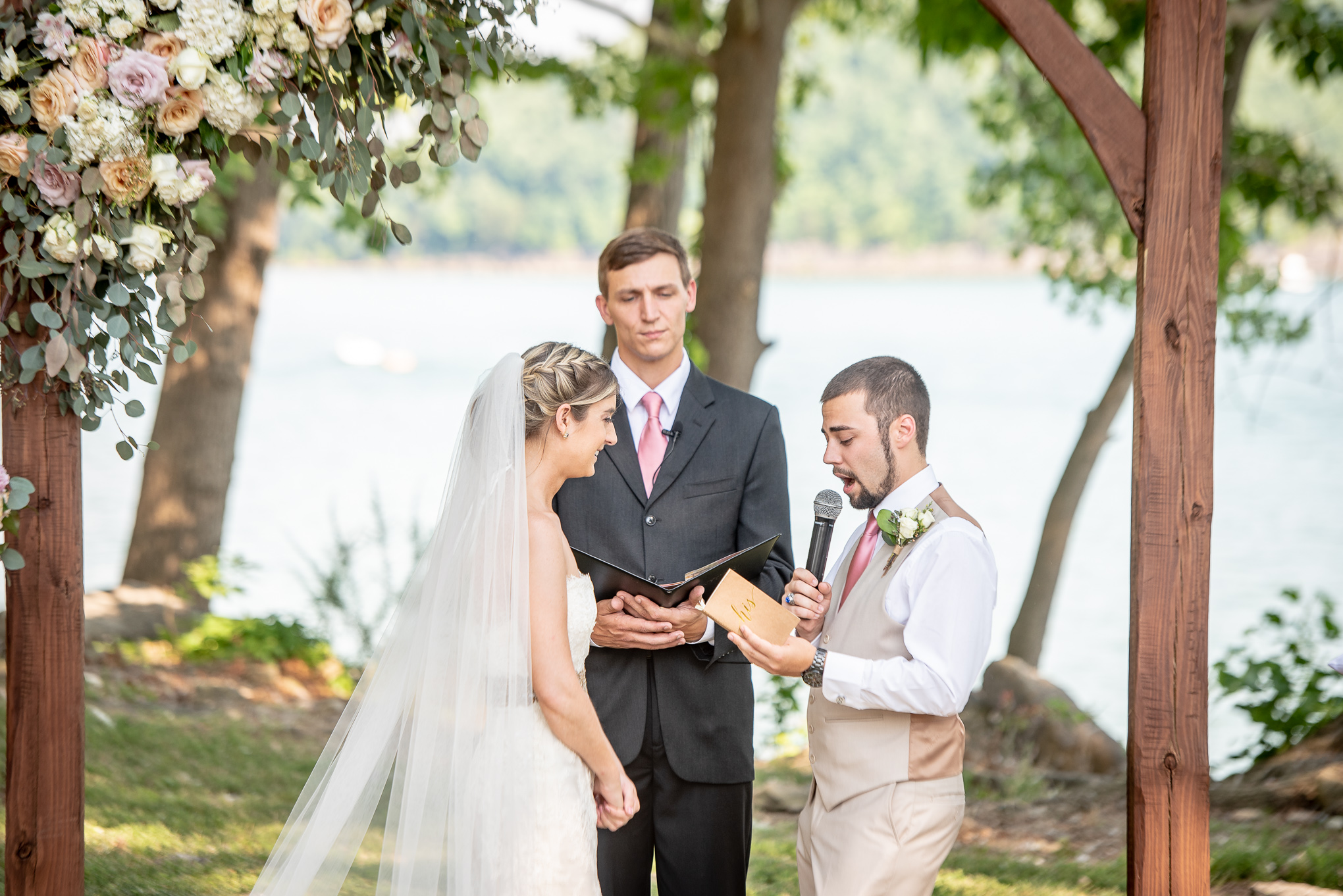 groom saying his vows at his Nashville wedding