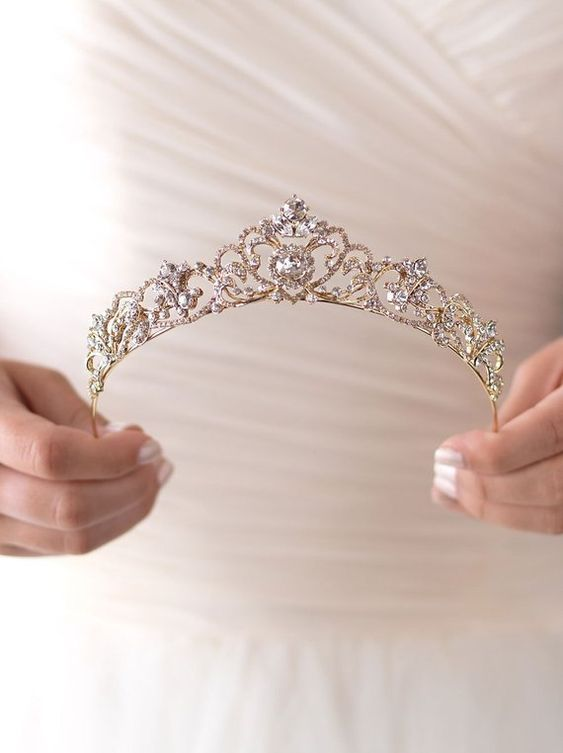 Sparkly tiaras on etsy- 2019 wedding trend
